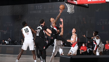 HIGHLIGHTS » Dame's 45-Point, 12-Assist Performance