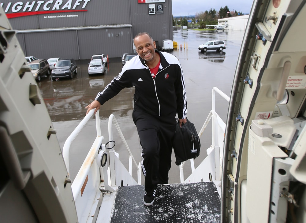 Photos Players Board Plane For Four Game Road Trip