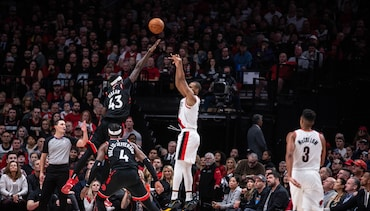 HIGHLIGHTS » Raptors Pull Away From Blazers in the 4th