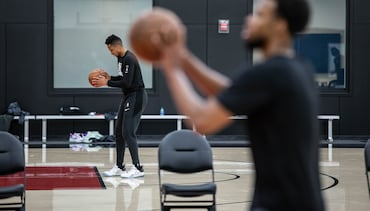 PHOTOS » Individual workouts at practice facility