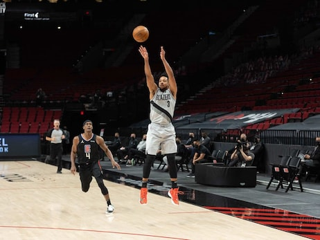PHOTOS » Trail Blazers 112 vs. Clippers 113 on April 20, 2021