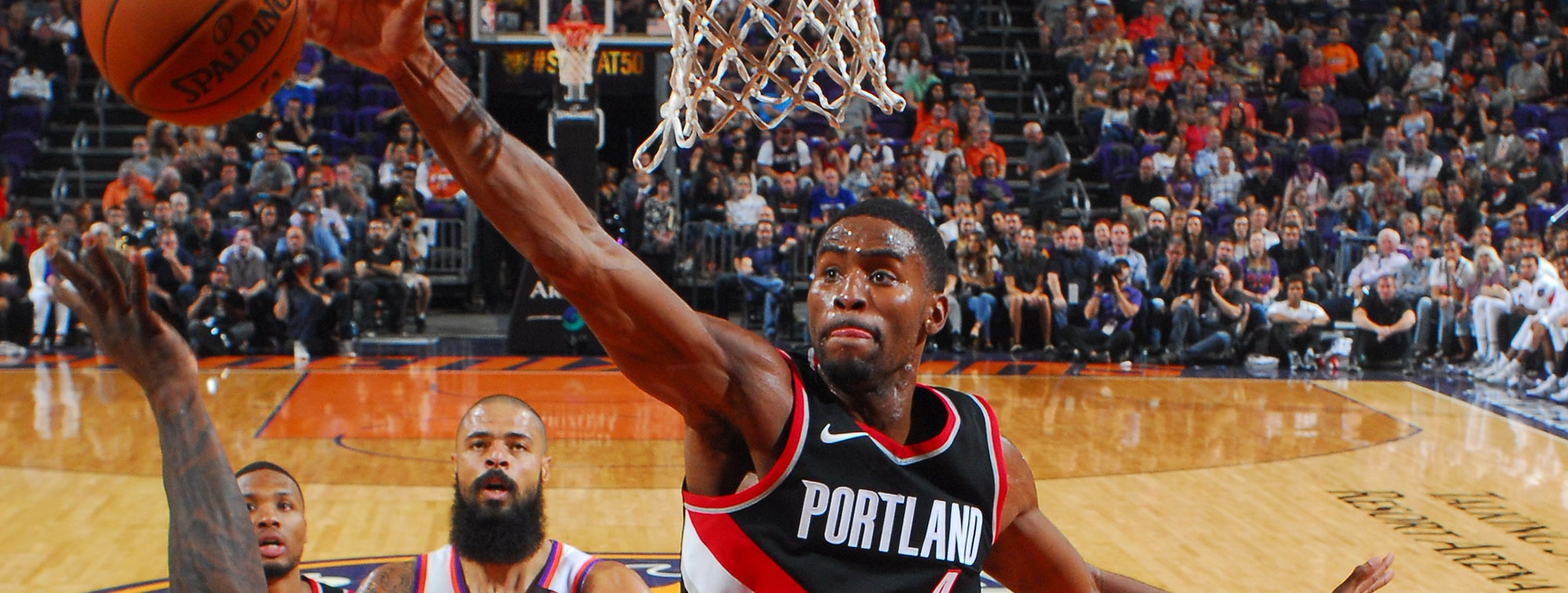 VIDEO: Harkless Pins Jackson's Attempt To The Backboard