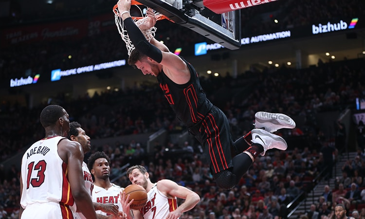 Trail Blazers Stay Hot With 10th Straight Win Against the Heat