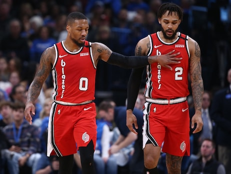 Shorthanded Blazers Fall Short In Oklahoma City