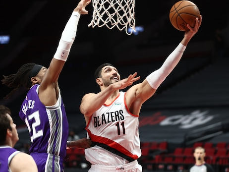 Trail Blazers Close Out First Half Of Season With Win Versus Kings