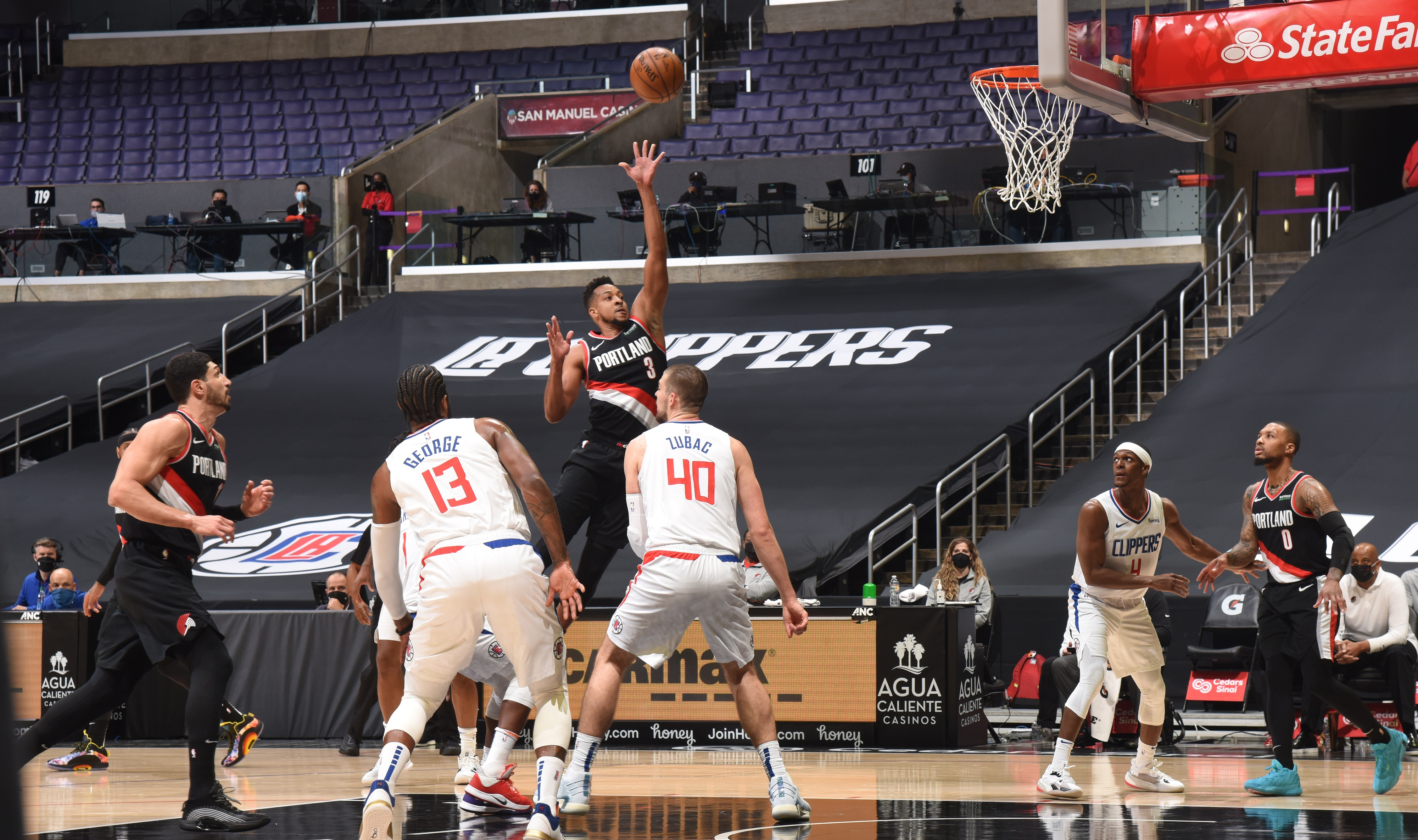 Blazers Can't Recover From 'Embarrassing' First Quarter Versus Clippers
