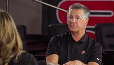VIDEO » Brooke Olzendam Sits Down with Neil Olshey