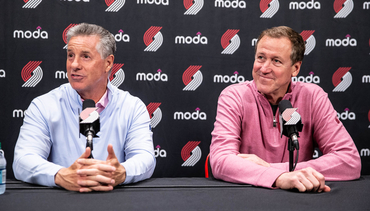 VIDEO » Olshey, Stotts Talk Extension For Coach