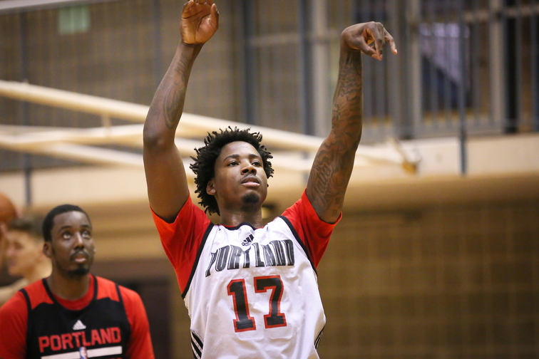 Photos: Trail Blazers Practice at Division III College in San Antonio