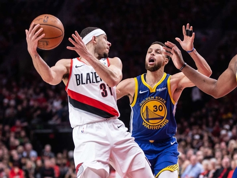 PHOTOS » Trail Blazers vs Warriors - Game 3
