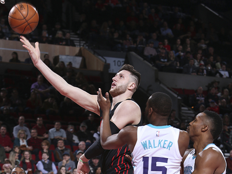 Blazers Sting Hornets in Overtime for Ninth Straight Home Win