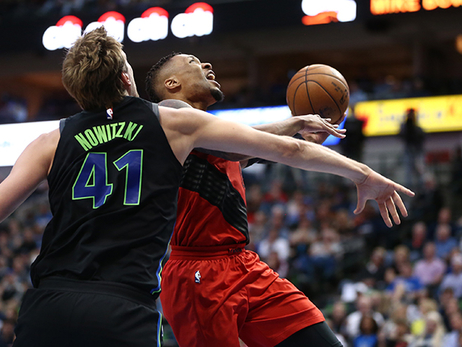 Portland Drops Game in Dallas to Begin Final Road Trip