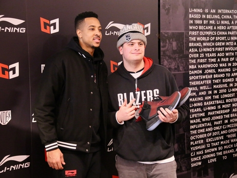 PHOTOS >> CJ McCollum Pop-Up Shop