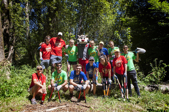 Service Sports & Suds community event at the Children's Arboretum