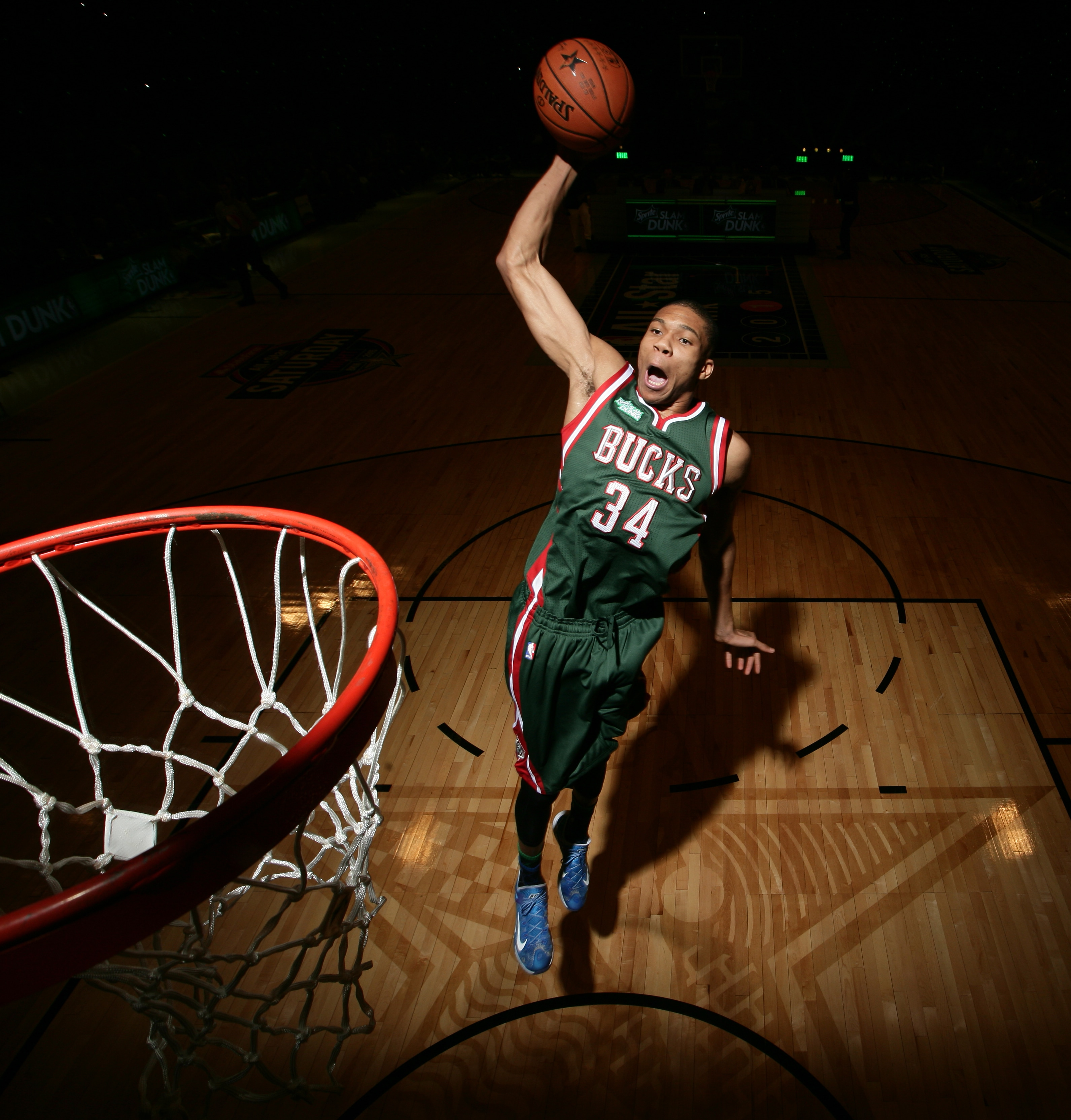 Giannis In The 2015 Sprite Slam Dunk Contest