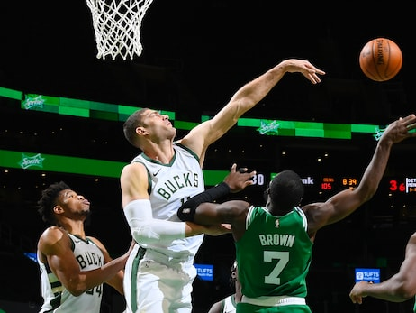 Brook Lopez Commits $25,000 to Next Door Through 'Blocks for Books' Program
