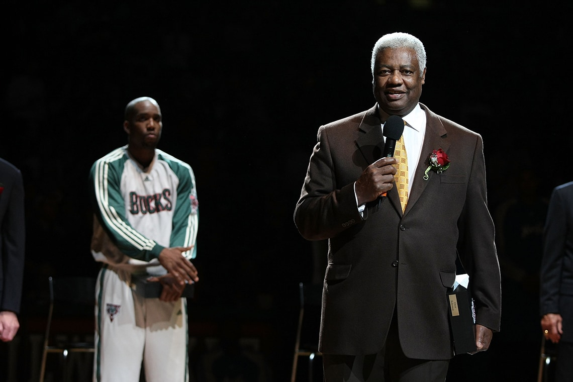 Emma Watson moreover Greatest Point Guards In Nba History as well Bill Russell Thanks Lebron James For Leaving Him Off Mount Rushmore Picks also 922639400600788994 in addition 1961 62. on oscar robertson stats
