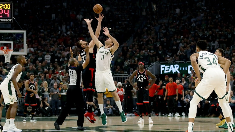 Nba Calendario 2020.Milwaukee Bucks Announce Schedule For 2019 20 Season