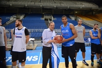 Giannis and the Greek National Team meet the Prime Minister of Greece, Antonis Samaras