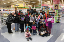 Caron Butler Spreads Holiday Cheer - 1