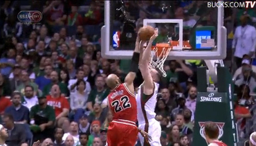 Miles Plumlee Obliterates Taj Gibson at the Rim