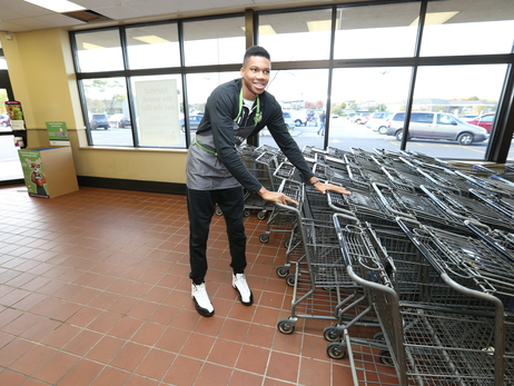 Photos: Bucks Surprised Shoppers At Pick 'n Save