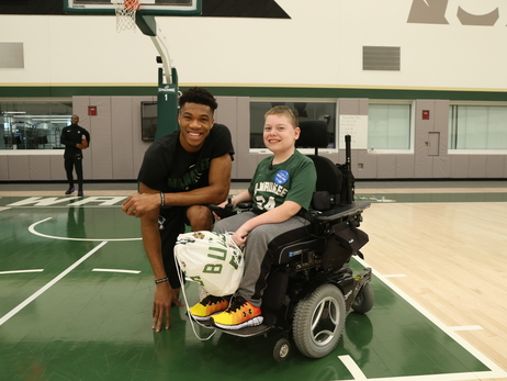Make-A-Wish: Giannis and Easton