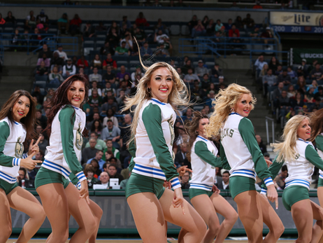 Dancers - Bucks vs Kings - 11/25/15