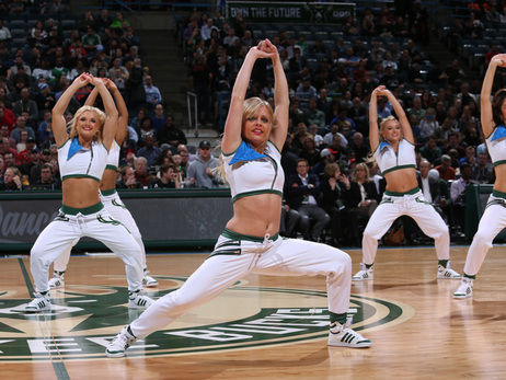 Dancers - Bucks vs Celtics - 02/09/16