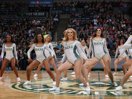 Dancers: Bucks vs Pacers - 3/10/17