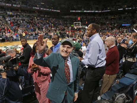 Senator Herb Kohl was greeted with a standing ovation prior to the final home game of the 2013-14 season