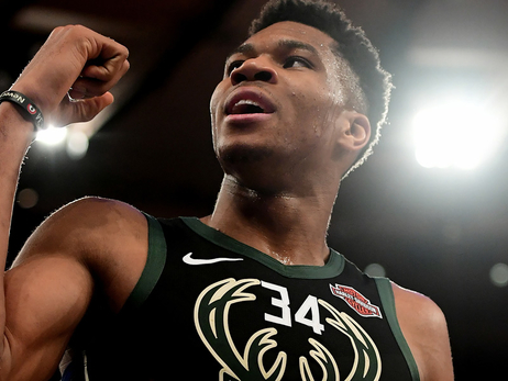 Giannis Is Playing Like An MVP Against MVP Contenders So Far This Year (Anthony Davis Visits Milwaukee This Week)