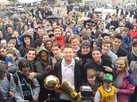Delly Brings The Larry O'Brien Trophy To Australia