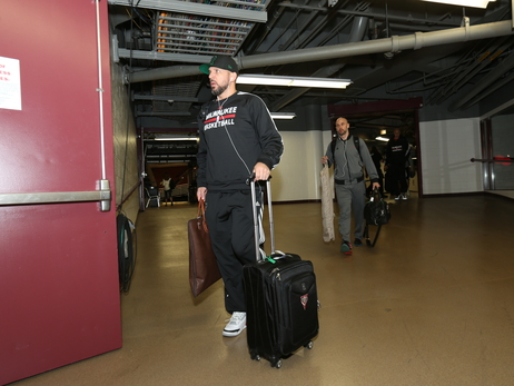 Bucks Arrive for Game 1