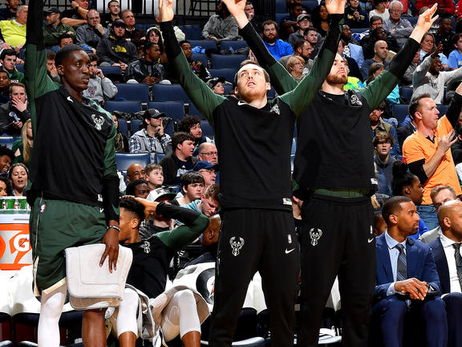 Photo Recap: Bucks 111 - Grizzlies 101 | 1.16.19