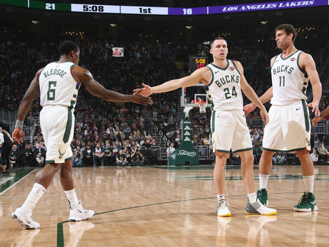 Photo Recap: Bucks 115 - Lakers 101 | 3.19.19
