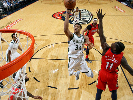 Game Action: Bucks at Pelicans | 12.13.17