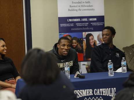 Eric Bledsoe Inspires Milwaukee Youth
