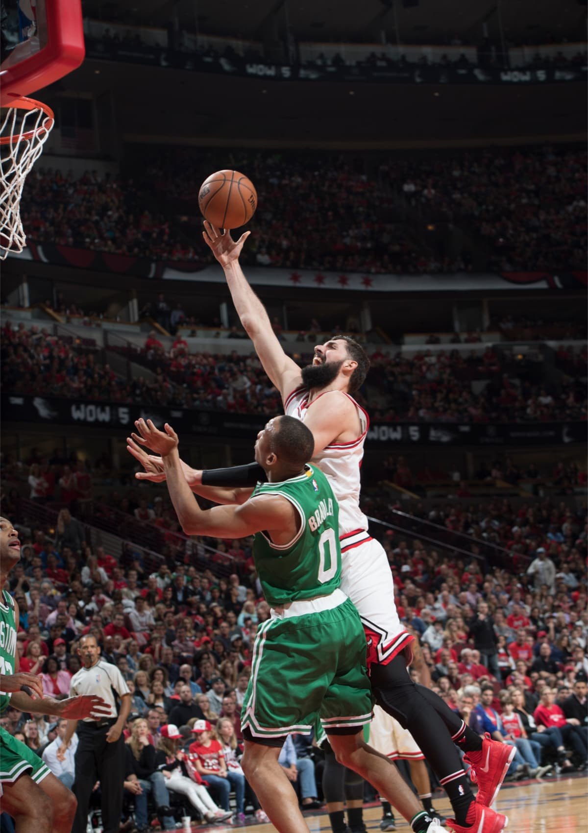Mirotic layup against Bradley of the Boston Celtics