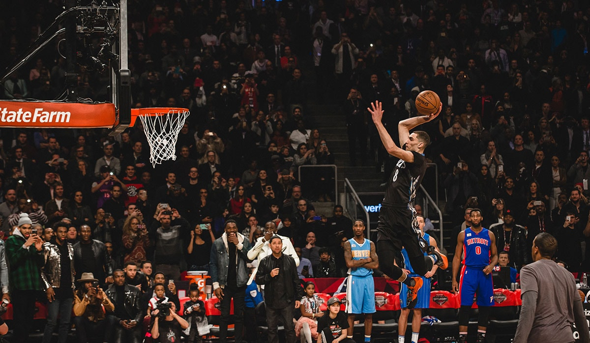 Zach LaVine #8 of the Minnesota Timberwolves dunks the ball during the Verizon Slam Dunk Contest during State Farm All-Star Saturday Night as part of the 2016 NBA All-Star Weekend on February 13, 2016 at the Air Canada Centre in Toronto, Ontario, Canada.