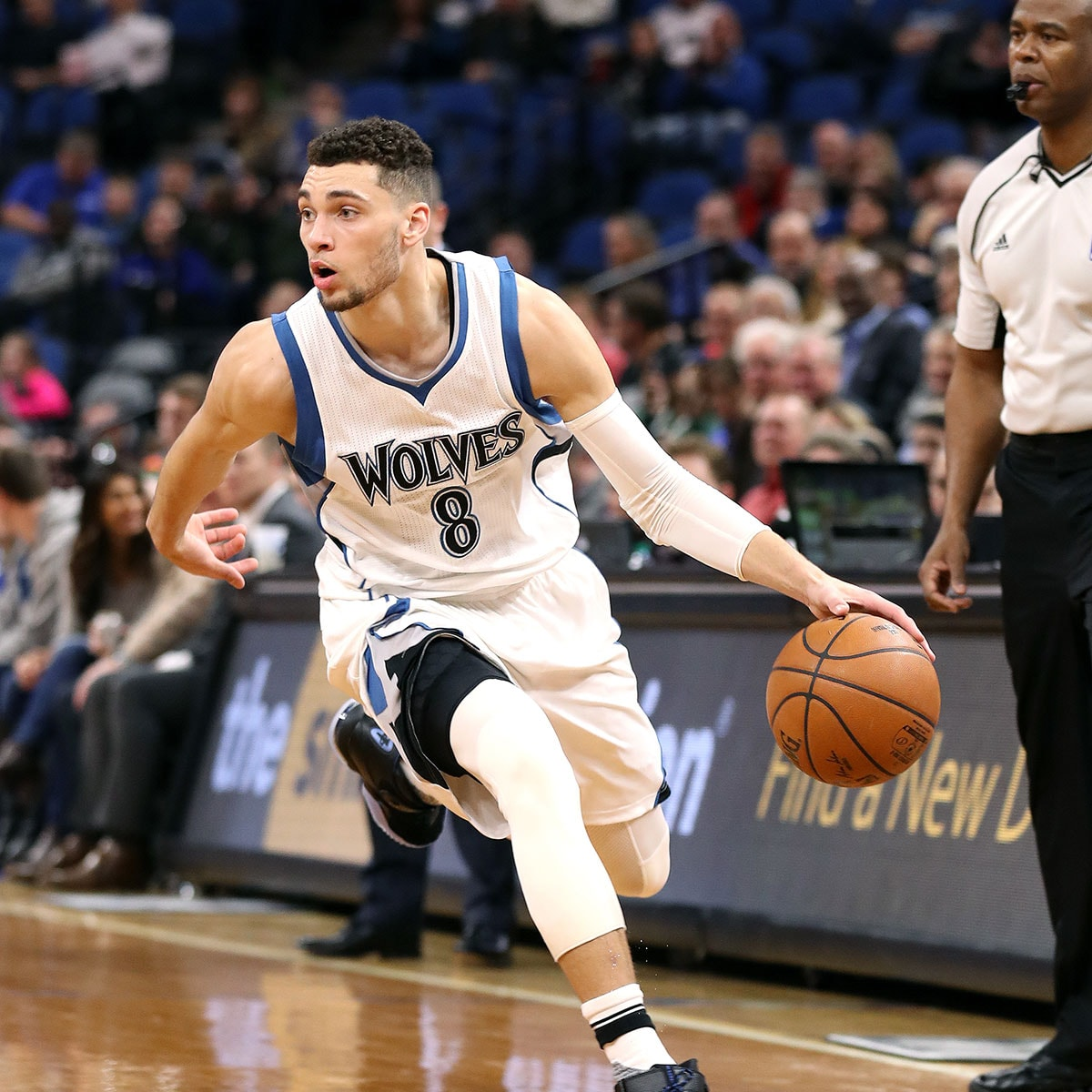 Zach LaVine #8 of the Minnesota Timberwolves handles the ball during the game against the Orlando Magic on January 30, 2017 at Target Center in Minneapolis, Minnesota.