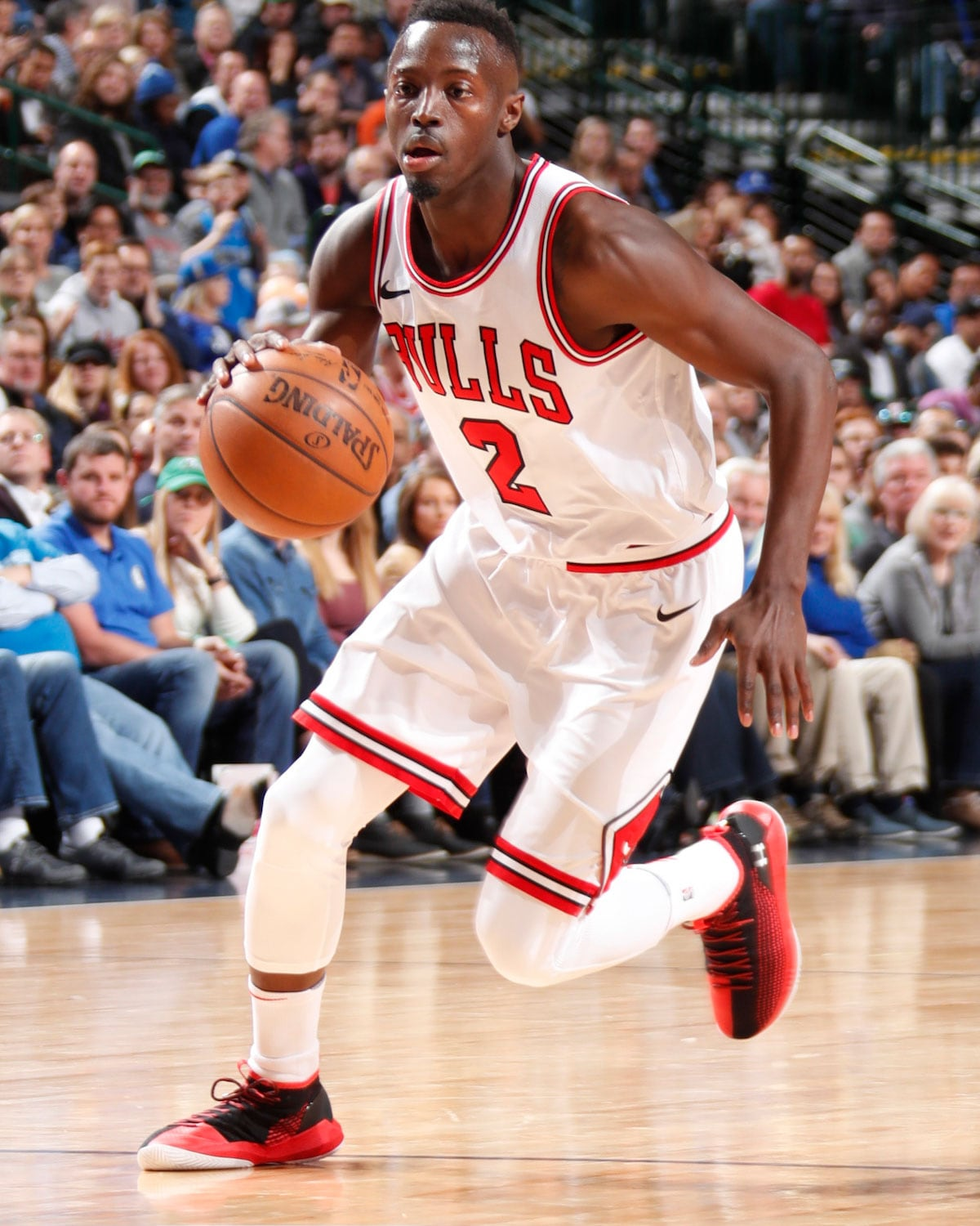 Jerian Grant dribbles the ball.