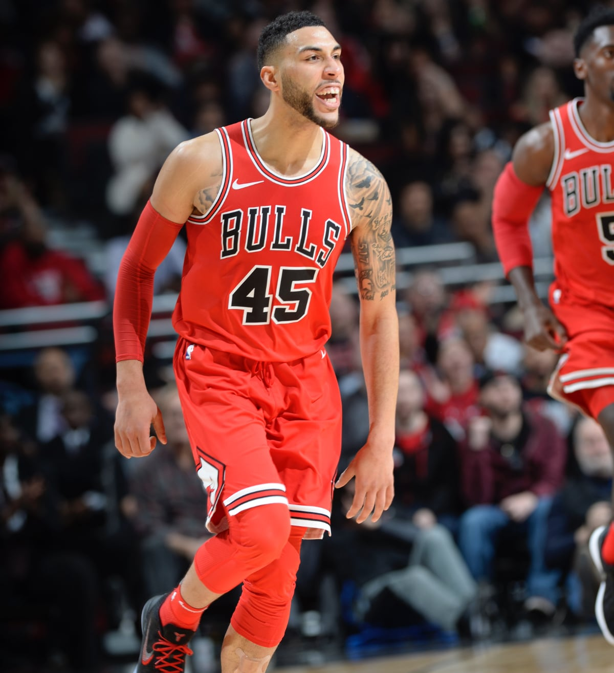 LaVine to make Bulls' debut
