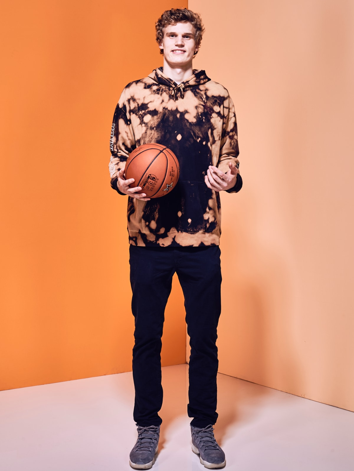 Lauri Markkanen poses prior to All-Star Weekend