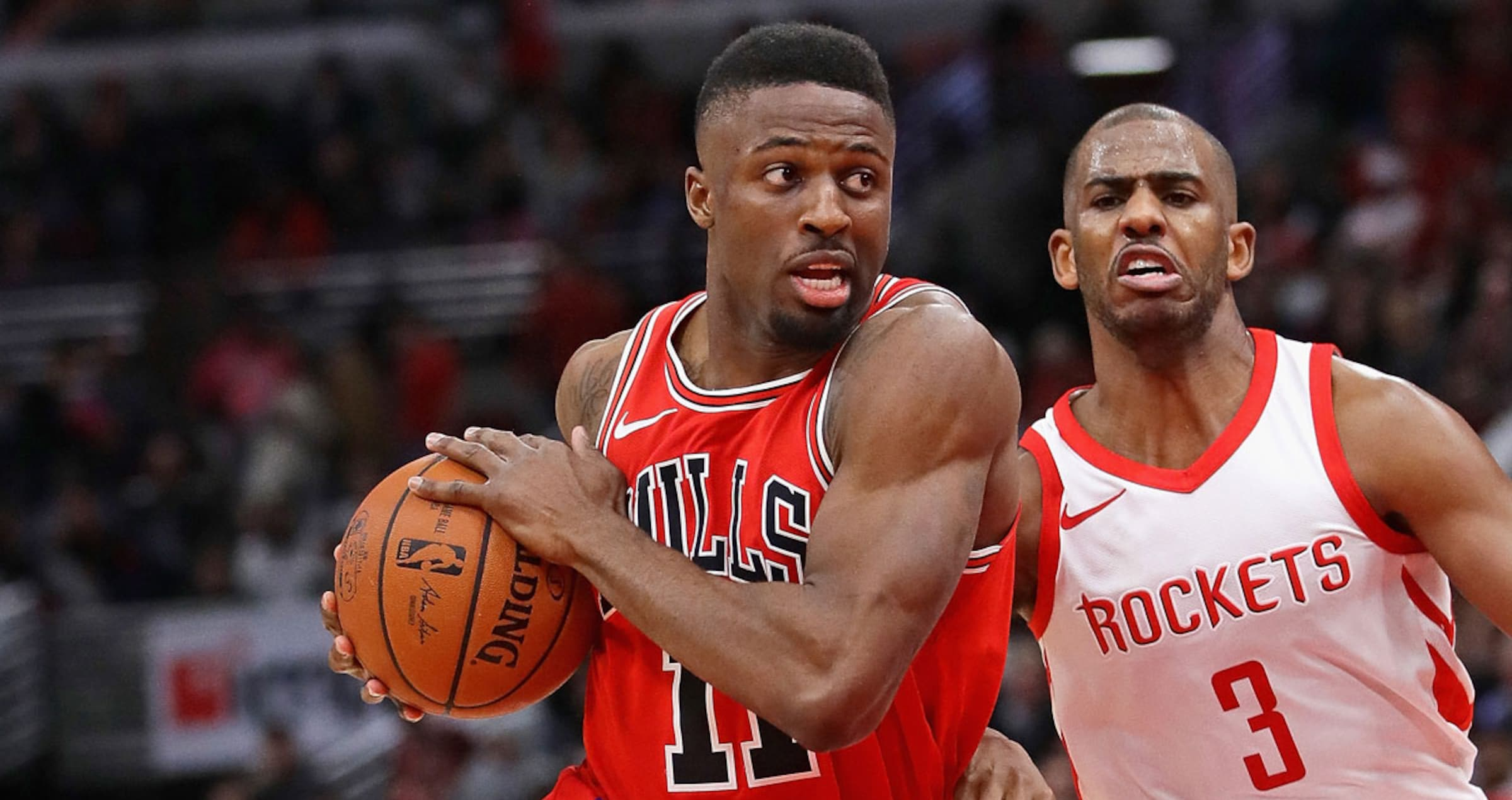 David Nwaba #11 of the Chicago Bulls drives to the basket against the Houston Rockets
