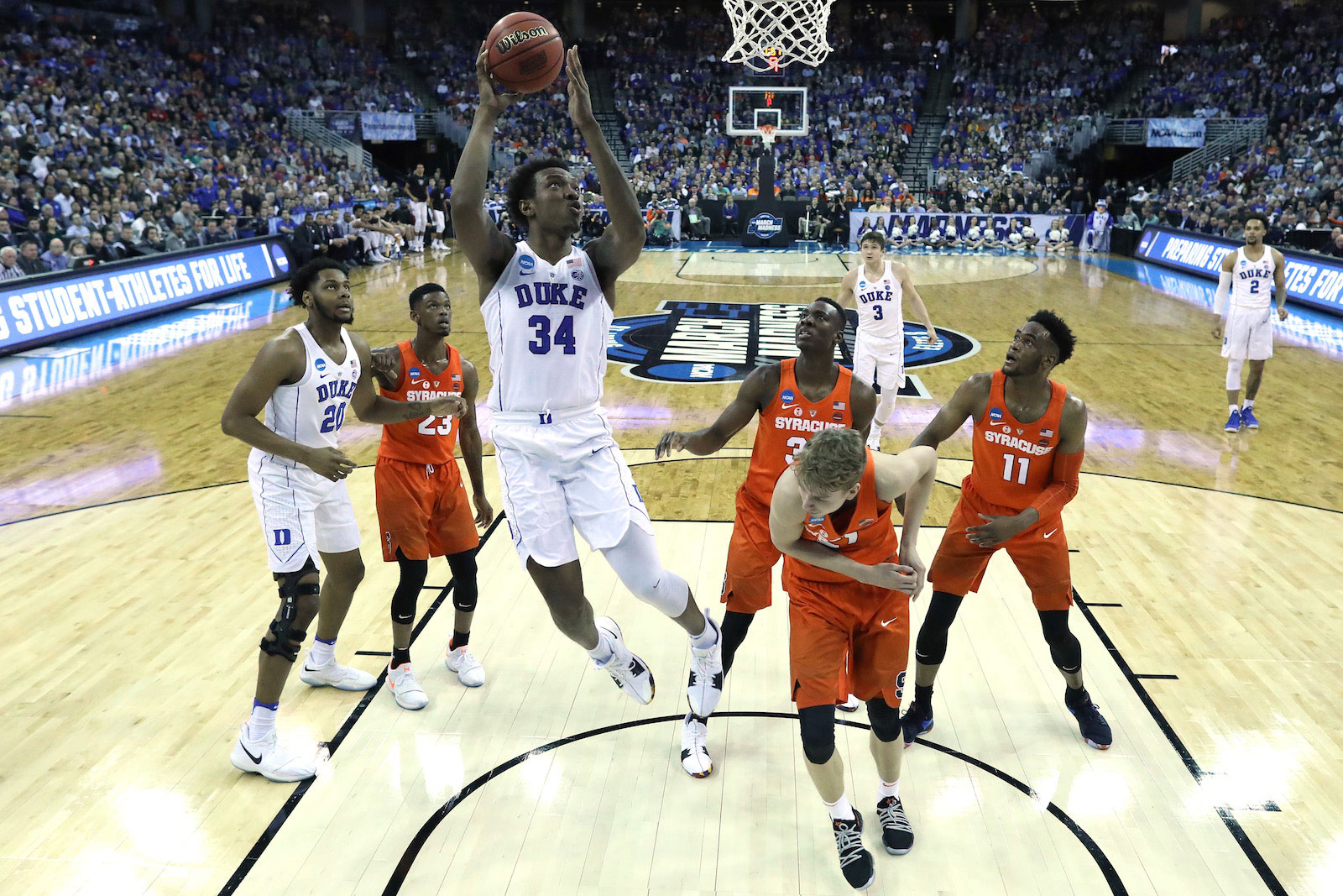 0c58b77e8 Wendell Carter Jr  34 of the Duke Blue Devils shoots the ball against the  Syracuse