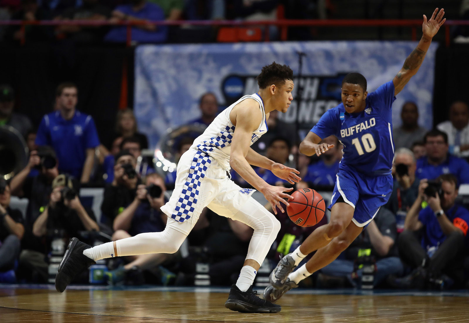 Kevin Knox #5 of the Kentucky Wildcats dribbles against Wes Clark #10 of the Buffalo Bulls during the second half in the second round of the 2018 NCAA Men's Basketball Tournament at Taco Bell Arena on March 17, 2018 in Boise, Idaho.
