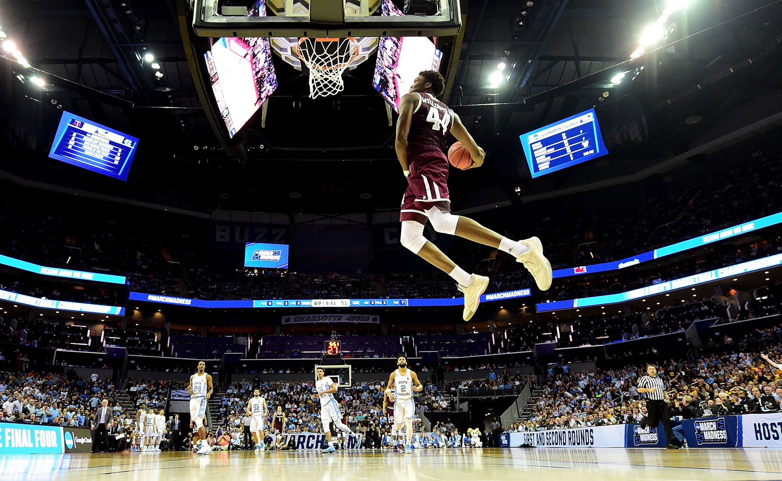 Robert Williams #44 of the Texas A&M Aggies dunks on the North Carolina Tar Heels during the second round of the 2018 NCAA Men's Basketball Tournament at Spectrum Center on March 18, 2018 in Charlotte, North Carolina.