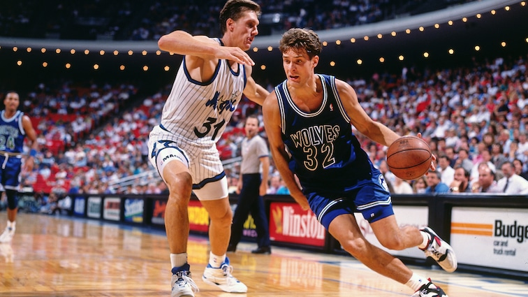 Christian Laettner with the Minnesota Timberwolves