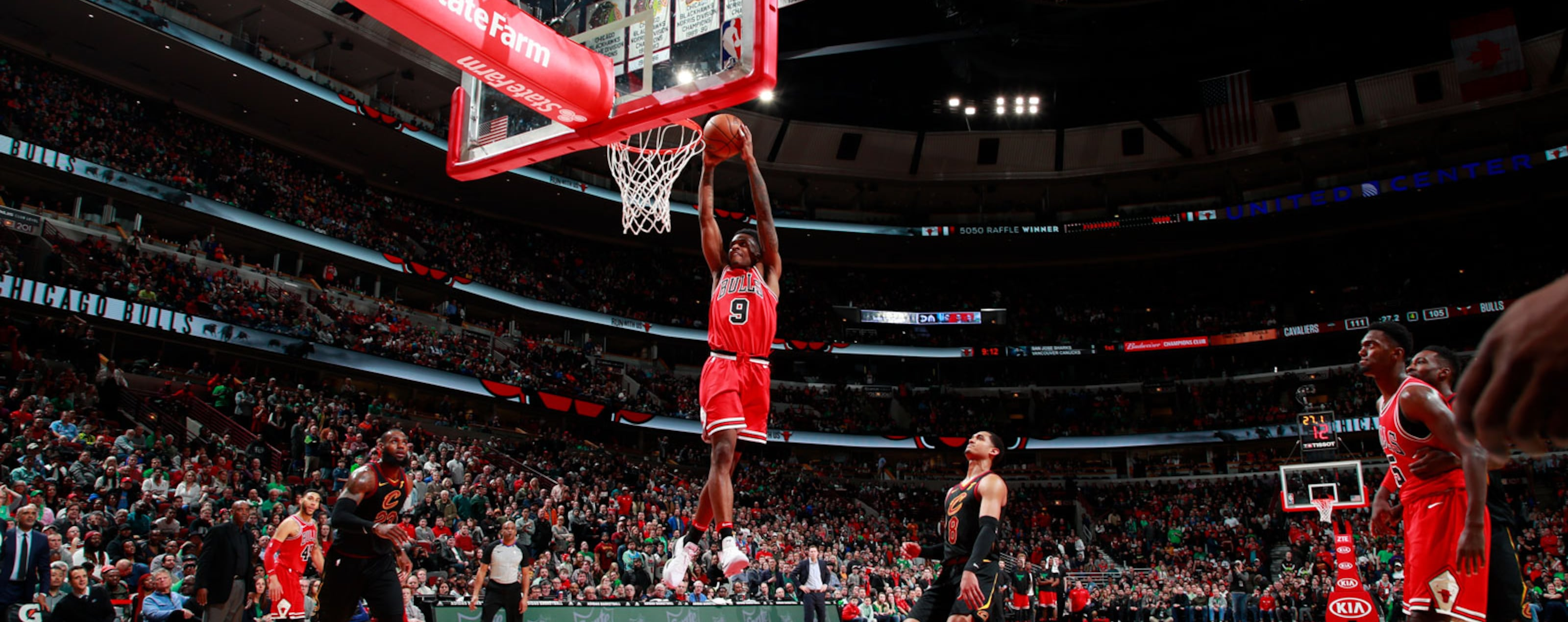 Antonio Blakeney #9 of the Chicago Bulls dunks the ball against the Cleveland Cavaliers on March 17, 2018 at the United Center in Chicago, Illinois.